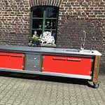 Zweiteilige Außenküche Lux in rot