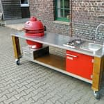 Outdoor-küche Lux in Rot mit Kamado Holzkohle Keramik Grill