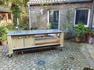 Unsere mobilen Gartenküchen 9
