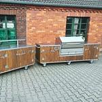 Outdoor-Küchen Country mit Tresen und Rösle Einbau Pelletgrill