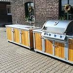 Outdoor Küchen Iron 2 Teilig Teakholz mit Gas Grill Napoleon Bilex 605, 2er Kochfeld und Kühlschrank