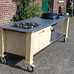 Außenküche Lux mit Holzkohle Grill und 4er Kochfeld