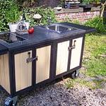 Außenküche Iron Beige & Schwarz mit Ceran-Kochfeld